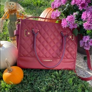 🆕 Beautiful Warm Red Quilted Faux Leather Satchel with Gold Tone Accents